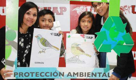 UAP CAJAMARCA COMPARTE TALLER AMBIENTAL Y DE PINTURA CON HIJOS DE COLABORADORES