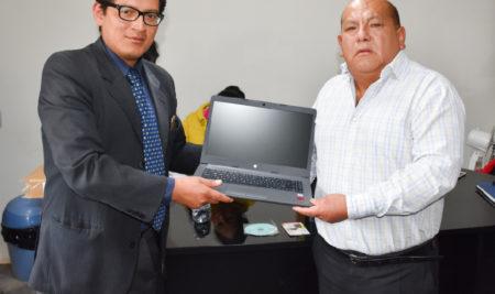 UAP ENTREGA EQUIPOS ELECTRÓNICOS A HOSPITAL DE ANDAHUAYLAS